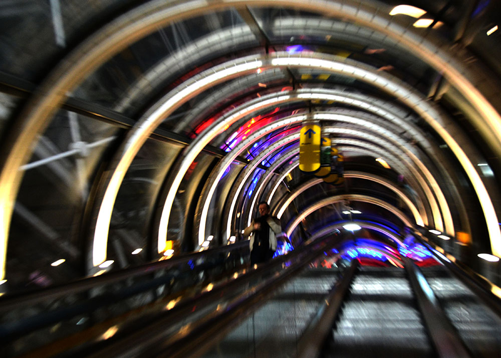escalator tunnel