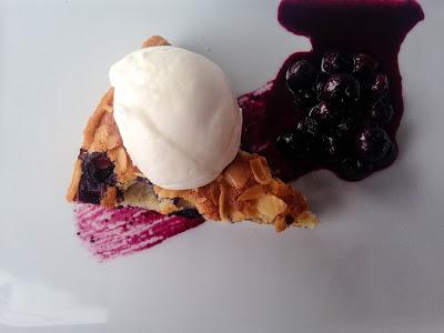 Blueberry Bakewell slice