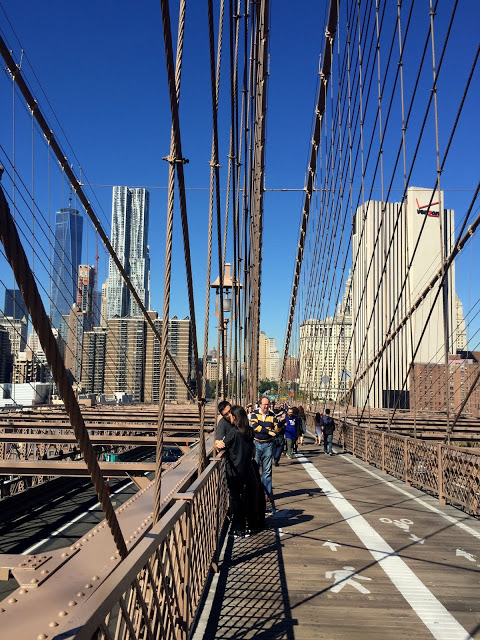 The structure of Brooklyn Bridge