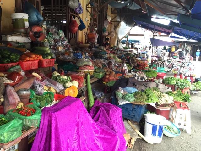 Hoi An fruit and veg market