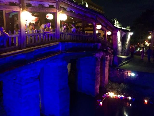 The Japanese bridge in the dark