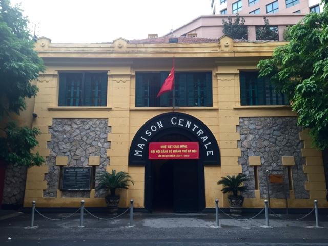 Hoa La Prison