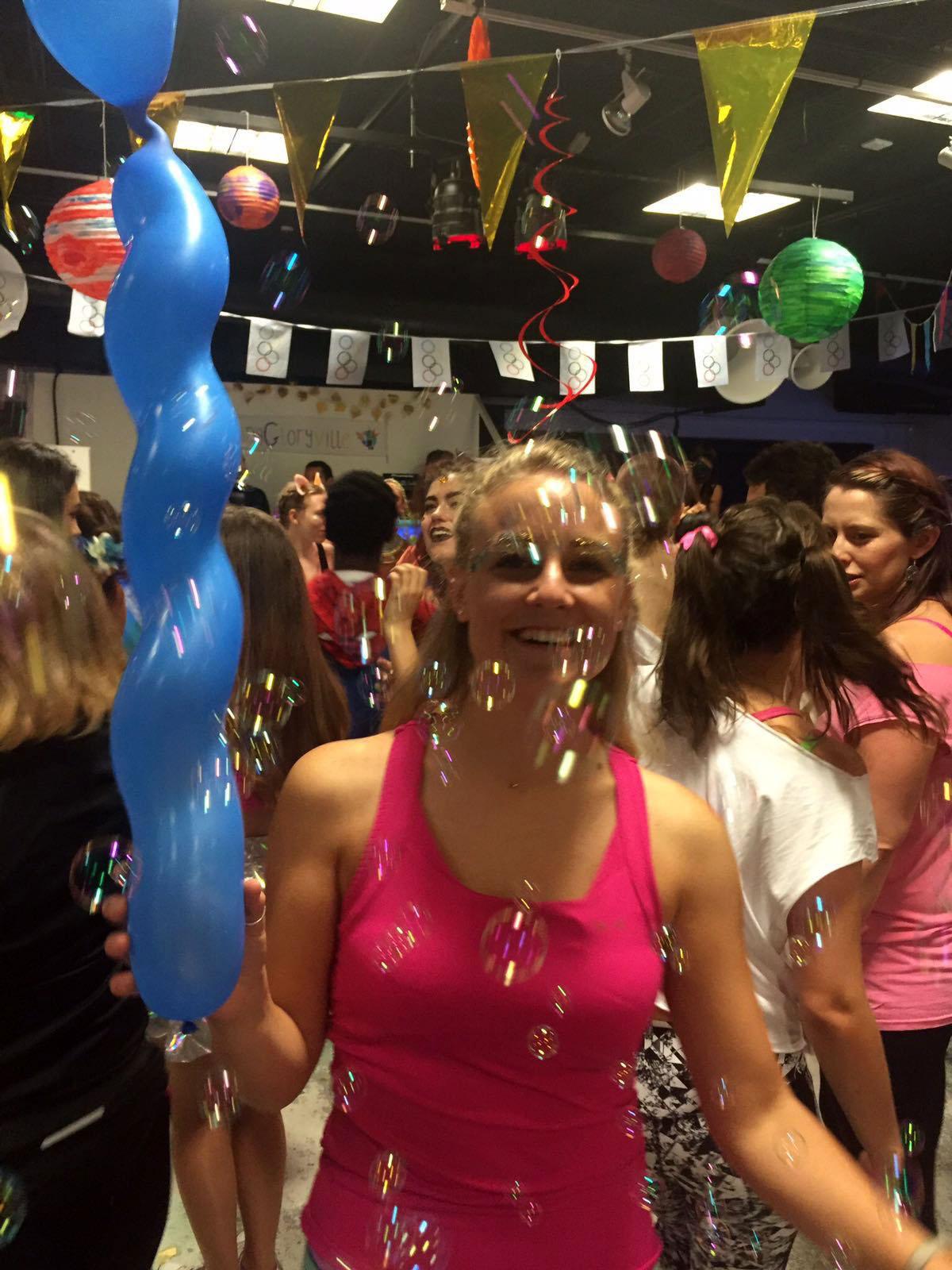 Dancing in bubbles