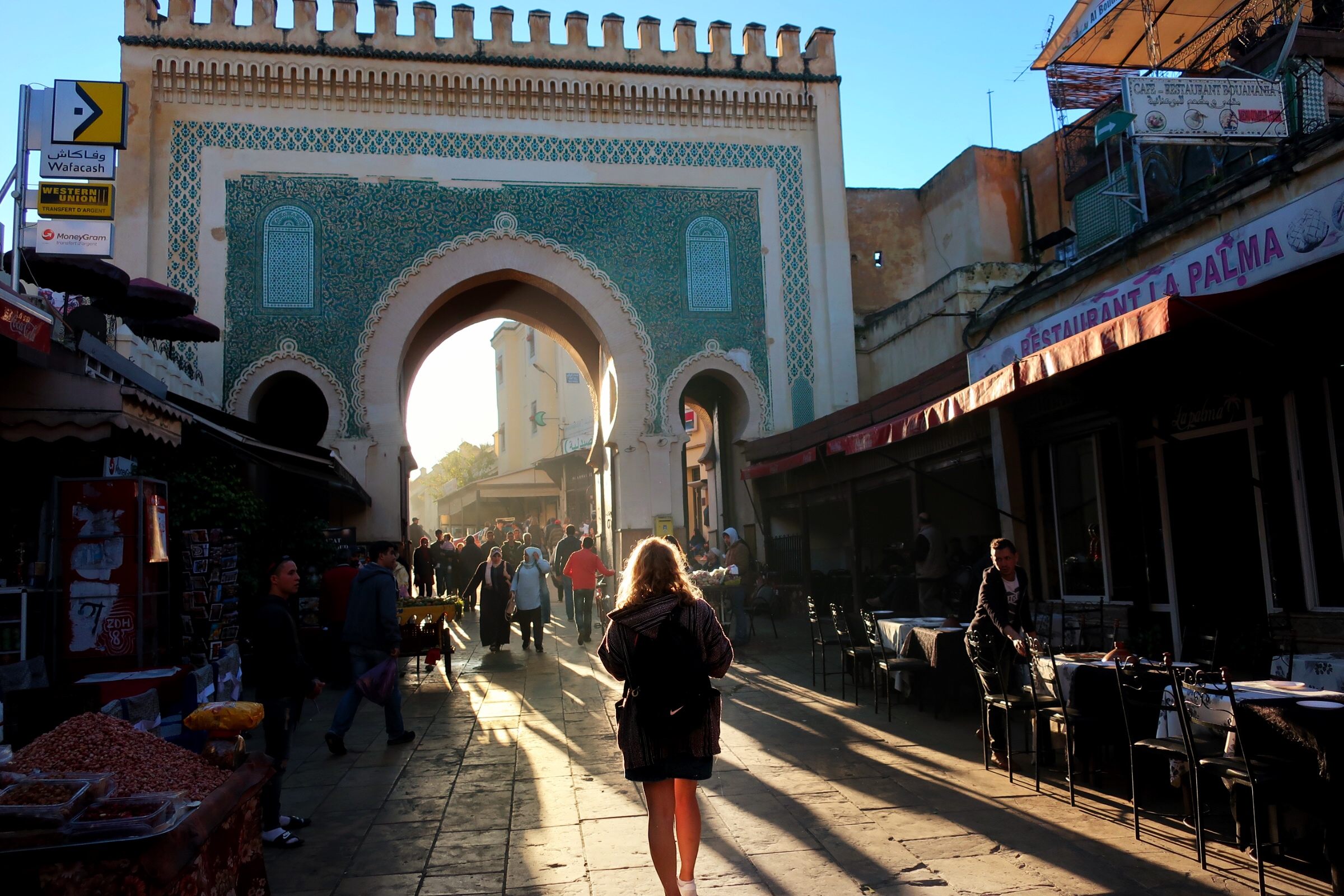 Moroccan Hammam: walking towards the Bluegate just near the hammam.