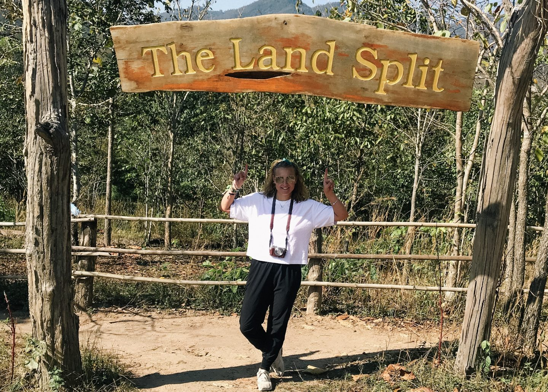 Land Split Sign, Explore Pai