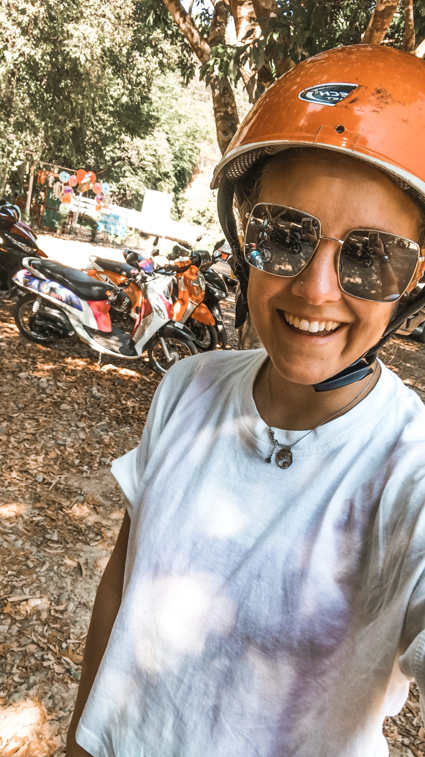 selfie with scooter, explore pai