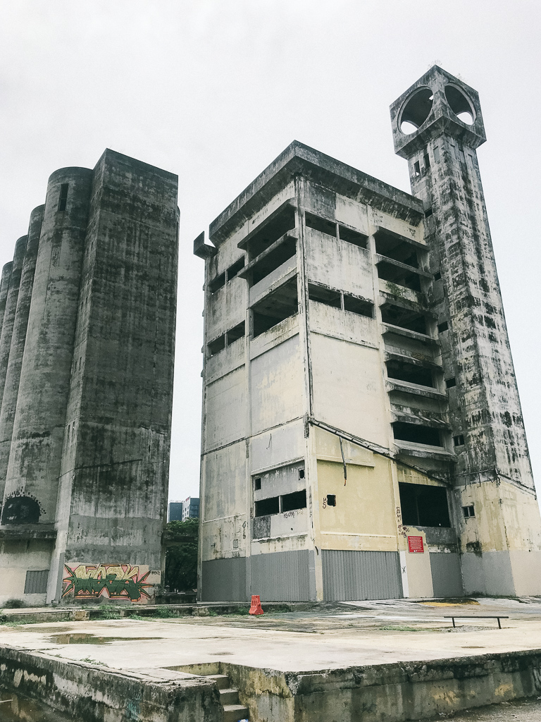 Things to do Melaka: Abandoned buildings