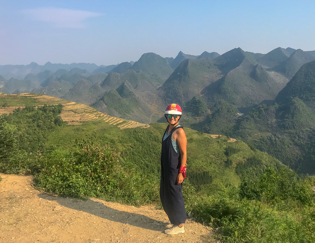 Hà Giang Loop: me with my helmet in the mountains