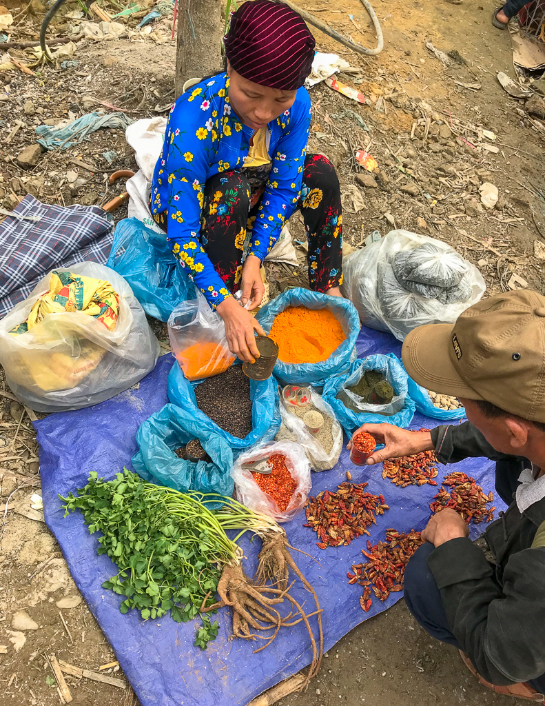 market day at Du Gia