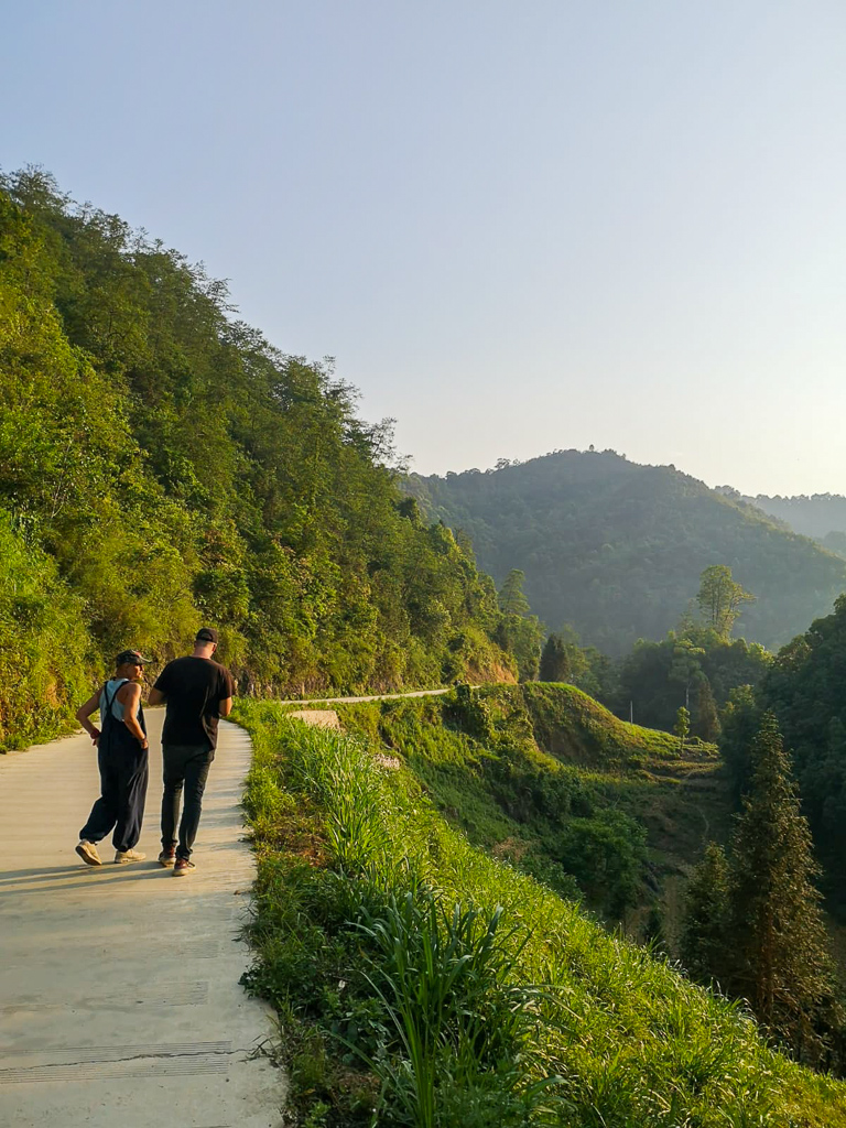 Hà Giang Loop: Thijs and I over the border into China