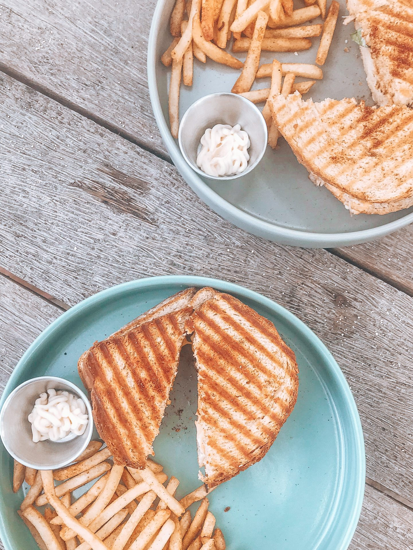 veggie food siargao: Toasties and chips